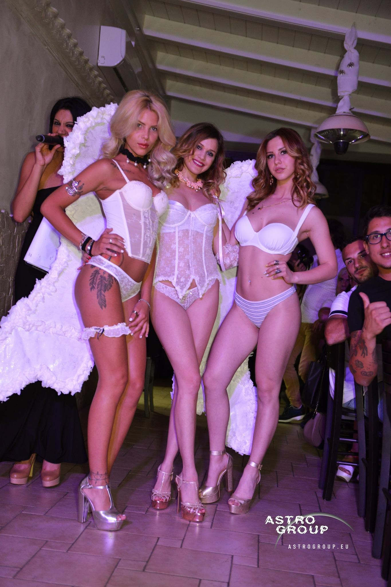 """LINGERIE PARTY"" – Italia Fashion Models"